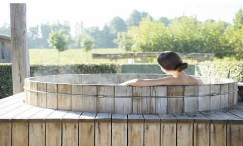 SPA CAUDALIE no L AND Vineyards