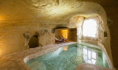 Um hotel numa caverna histórica restaurada