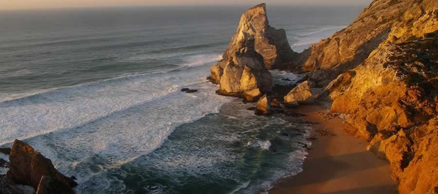 Praia Selvagem da Ursa