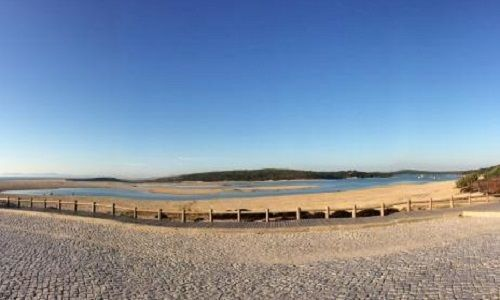 Praia da Lagoa de Albufeira em Sesimbra
